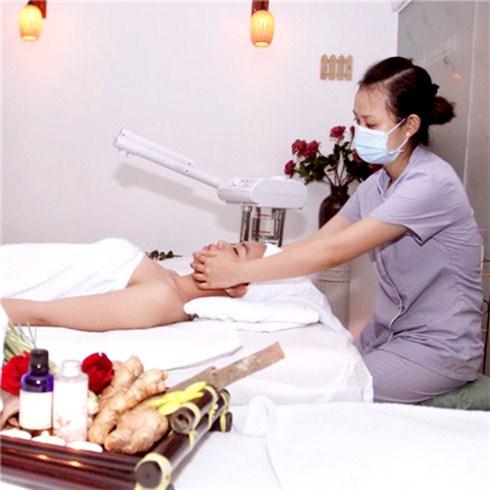 Tẩy chết tế bào da lưng & massage body tinh dầu - The Corner Spa