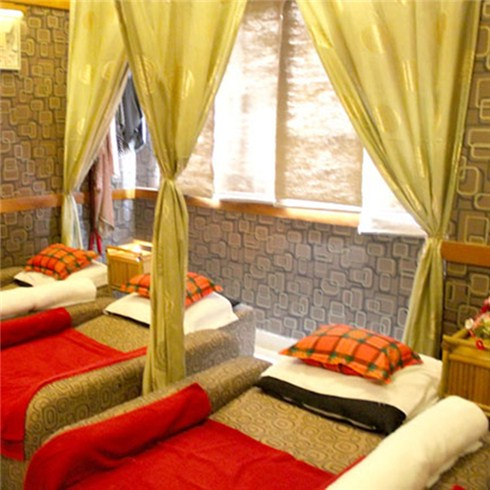 Massage body tinh dầu và thanh lọc da mặt 90' tại Mộc Nguyên Spa