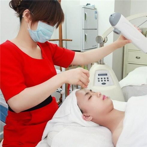 Trẻ hóa da, se khít lỗ chân lông (60 phút) tại HP Oxygen Spa