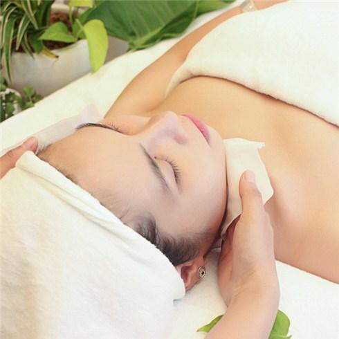 Chăm sóc da mặt chuyên sâu 90 phút tại Skinic, miễn nhận tip