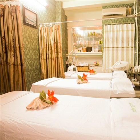 Massage body, ngâm chân, mặt nạ đất sét - Sắc Ngọc Spa, miễn tip