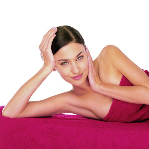 Tắm trắng công nghệ hấp trắng pha lê tuyết - Dáng Đẹp Beauty Care