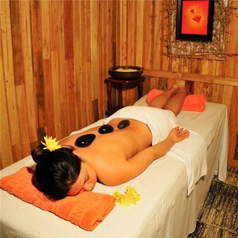 Massage body + Hồ bơi + Xông hơi + Tắm bồn tại Khách sạn Kim Đô