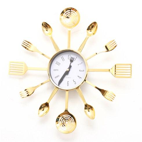 Đồng hồ treo tường họa tiết muỗng nĩa