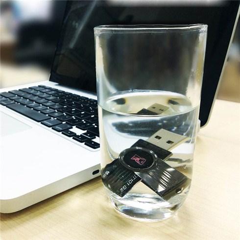 USB 16GB Kingston kiểu dáng xoay chống thấm nước - BH 24 tháng