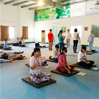 Cùng Mua - Khoa hoc ky nang lam viec bang yoga 24 buoi tai ZenLeader