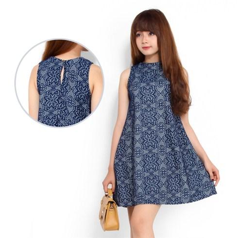 Đầm oversize ren xu hướng hè
