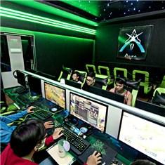 Cùng Mua - Aura Gaming - The choi game 1 thang + 1 phan an + 1 nuoc ngot