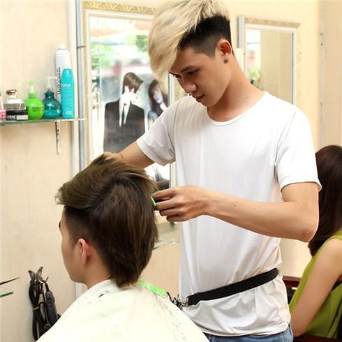 Salon Huệ - Cắt + uốn/duỗi/nhuộm tóc cho nam (không bù tiền)