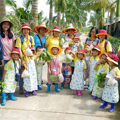 Hoạt động ngoại khóa mùa hè cho Bé 1 ngày tại Nông Trang Xanh
