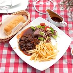 Cùng Mua - Combo bo beefsteak + nuoc sot kieu Au tai Mai Restaurant
