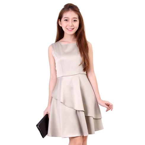 Đầm xòe xếp tầng cách điệu