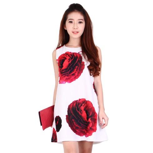 Đầm oversize dạo phố họa tiết hoa hồng quyến rũ màu trắng