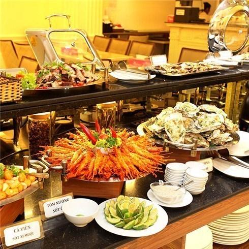 Buffet trưa 50 món tại Blue Diamond Hotel 3* (áp dụng lễ 2/9)