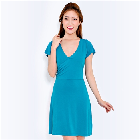 Đầm suông cổ tim đắp chéo ngực màu xanh - Minh Anh