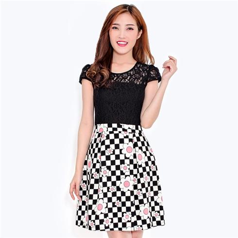 Đầm ren phối chân váy hoa đen trắng - Minh Anh