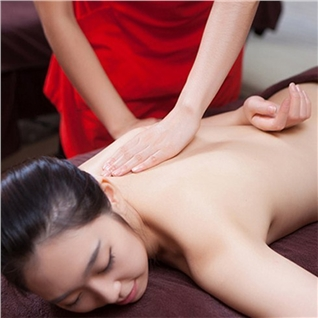 Cùng Mua - Massage body, thai doc to bang nen Nhi Truc Nhat - Aha Spa