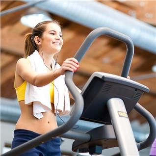 Cùng Mua - The 3 thang tap Gym khong gioi han tai Royal Fitness