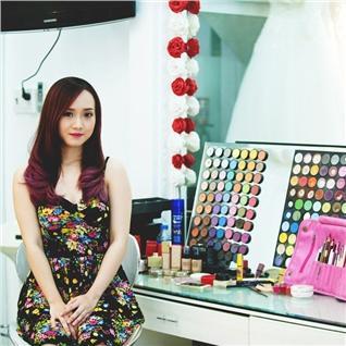 Cùng Mua - Trang diem va lam toc du tiec tai Uyen Phuong Studio