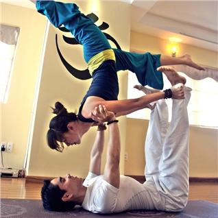 Cùng Mua - The tap yoga 1 thang voi giao vien An Do - EuroGym Club