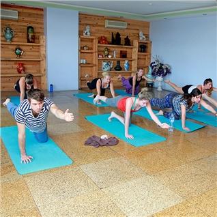 Cùng Mua - Khoa hoc Yoga 8 buoi tai MintBlue - 54 Hang Duong