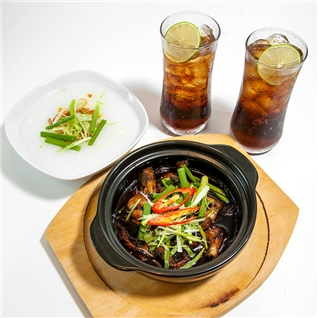 Cùng Mua - Combo 2 chao ech + 2 ly nuoc ngot tai nha hang Orchard Road