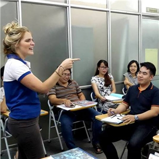 Cùng Mua - Tour du lịch Anh ngũ, 4 buoi hoc giao vien nuoc ngoai - TCT