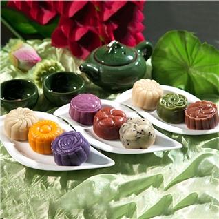 Cùng Mua - Combo 9 Banh Trung Thu 9 vi moi la (50g) tai Michi Bakery