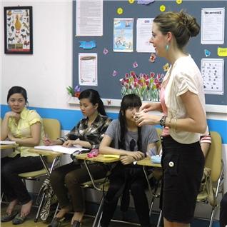 Cùng Mua - 4 khoa hoc tieng Anh chuyen nganh Multimedia - Hi! Language