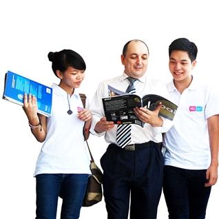 Cùng Mua - Khoa Tieng Anh chuyen nganh Multimedia - Hi! Language School