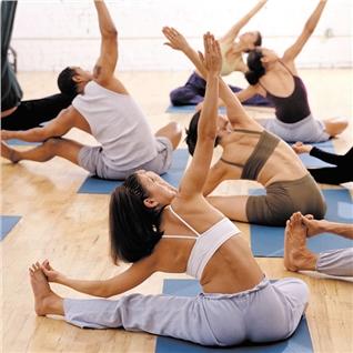 Cùng Mua - 01 thang tap Yoga va Aerobic khong gioi han tai 39 Fitness