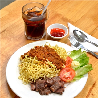 Cùng Mua - My Spaghetti Bo My + Nuoc ngot tai NH Cao Nguyen