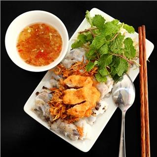 Cùng Mua - Thuong thuc bánh cuón chả mục tai nha hang Gia Phuc