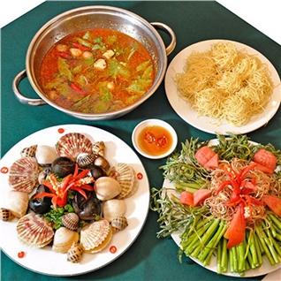 Cùng Mua - Lau trua 2-3 nguoi - Nha hang Xoay 360 do duy nhat Viet Nam