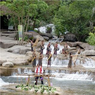 Cùng Mua - Tour Nha Trang - thac Yang Bay 1 ngay - khoi hanh hang ngay