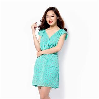 Cùng Mua - Dam voan co chu V hoat tiet mau xanh