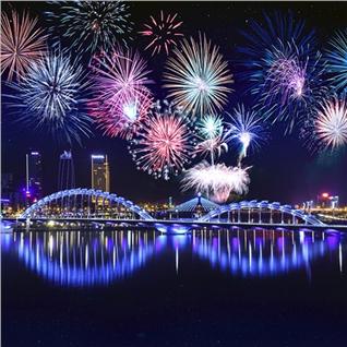 Cùng Mua (off) - Free va Easy Le Hoi Ban Phao Hoa QT Da Nang- Ha Noi 3N2D