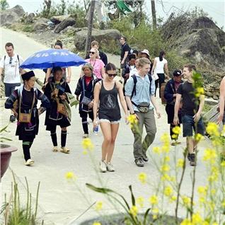 Cùng Mua - Tour Fansipan - Thac Tinh Yeu - Ham Rong 3N2D (KH 29/4 - 1/5)
