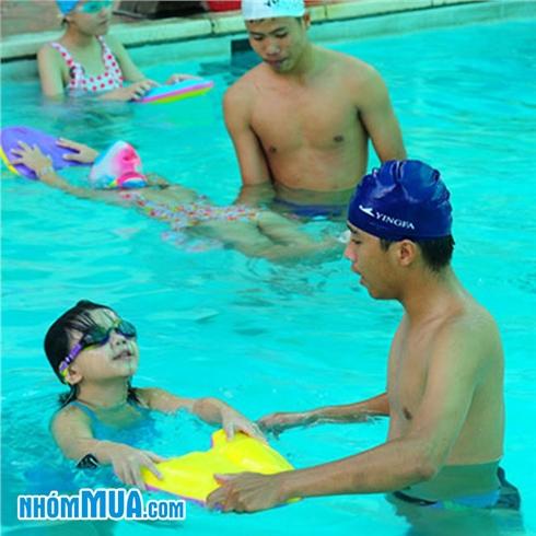 Trọn gói khóa học bơi tại Bể bơi The Light (BG vé vào cửa)