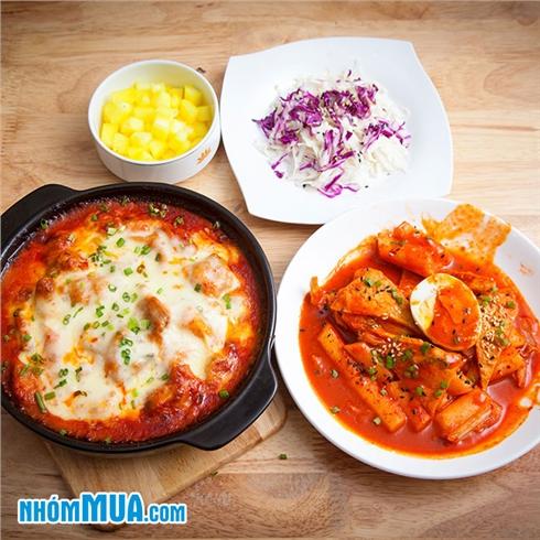 Set gà cay phô mai bỏ lò và và bánh gạo chả cá tại Oh-La Deli