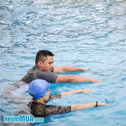 Khóa học bơi (đã bao gồm vé vào cửa) tại Bể Bơi Sông Nhuệ