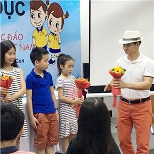 Cùng Mua - 4 buoi hoc ky nang song phat trien tu duy cho be Bright Kids