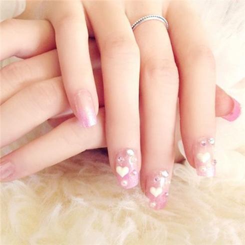 Set 24 Nails móng tay cực xinh kèm keo dán mẫu 392