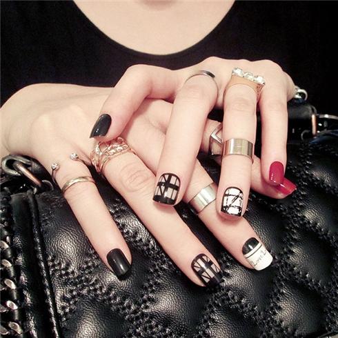 Set 24 Nails móng tay cực xinh kèm keo dán mẫu 370