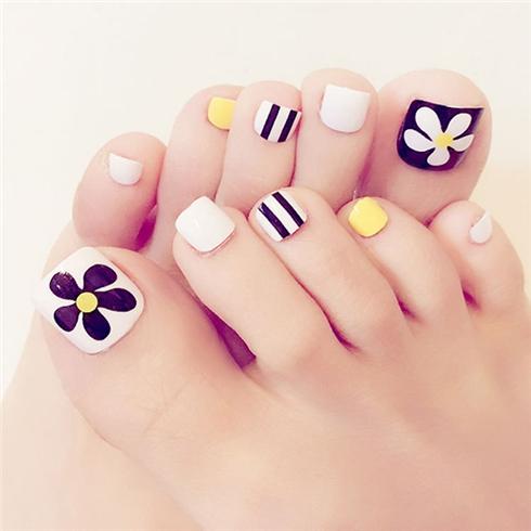Set 24 Nails móng chân cực xinh kèm keo dán M 388