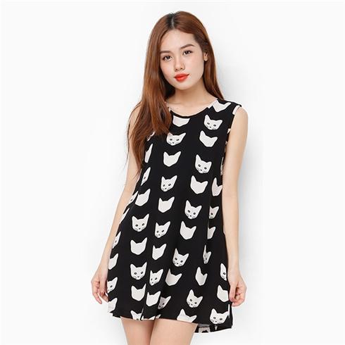 Đầm suông đen trắng họa tiết mèo