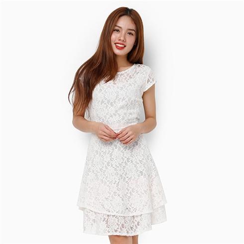 Đầm ren xòe 2 tầng màu trắng