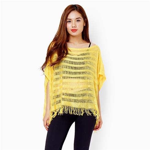 Áo len mỏng dạng khăn tay cánh dơi - Màu vàng