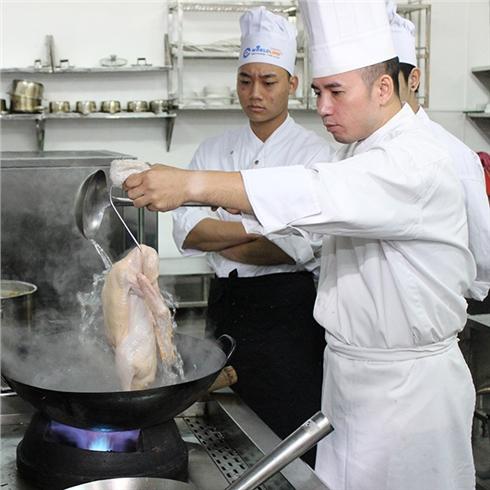 Khoá Học nấu ăn ngon 18 món trong 6 buổi tại TT World Link