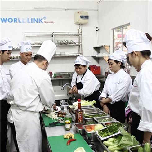 Khoá học dạy nấu ăn các món Âu (11 món) - Trung tâm Worldlink
